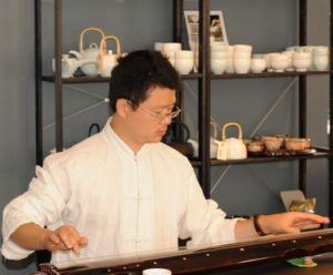 TCM læge Dr. Hui Zang
